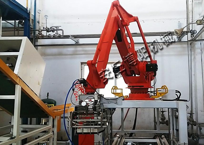 石灰粉自动拆垛机提高了企业的生产效率